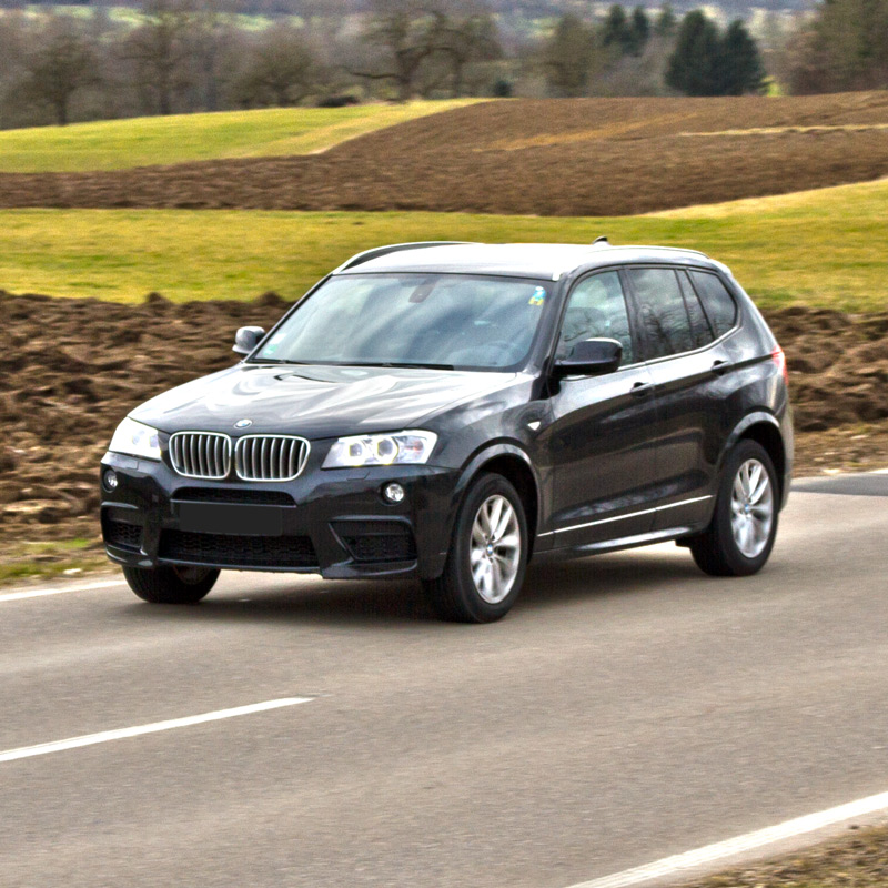 Driving practice test the BMW X3 xDrive35d